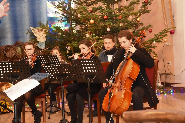 Zespół instrumentalny akompaniował Chórowi Lumen Christi