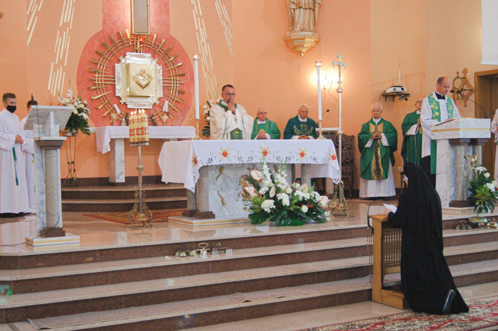 Odnowienie ślubów zakonnych przezs. Elenę Winczowską